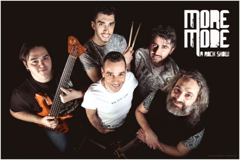 MoreMode Live  Sabato 19 marzo, h. 22.00 - House of Rock (RN)