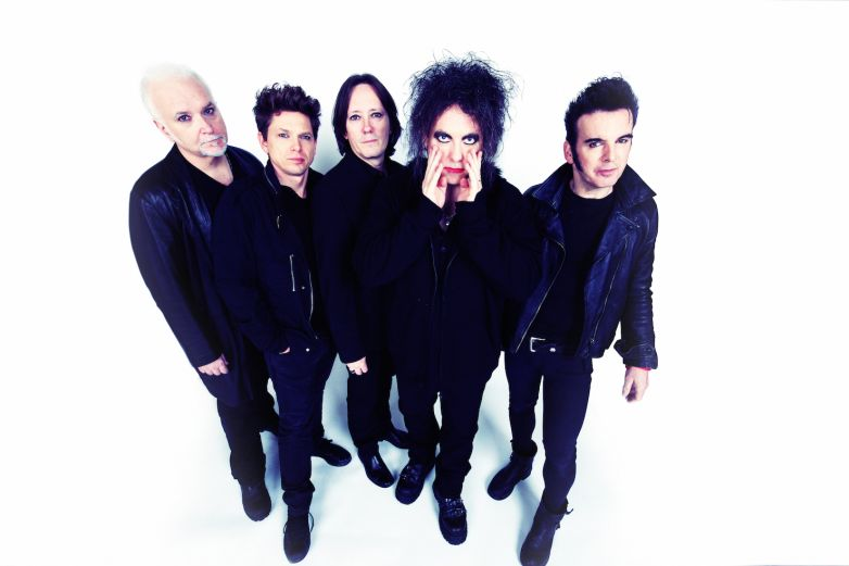 THE CURE. Tour Italiano, a Bologna, Roma e Milano